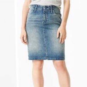 Gap 1969 denim pencil skirt
